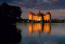 水上城堡图片